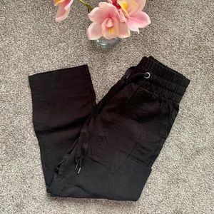 NEW UO / BDG / LIGHTWEIGHT CROPPED JOGGERS
